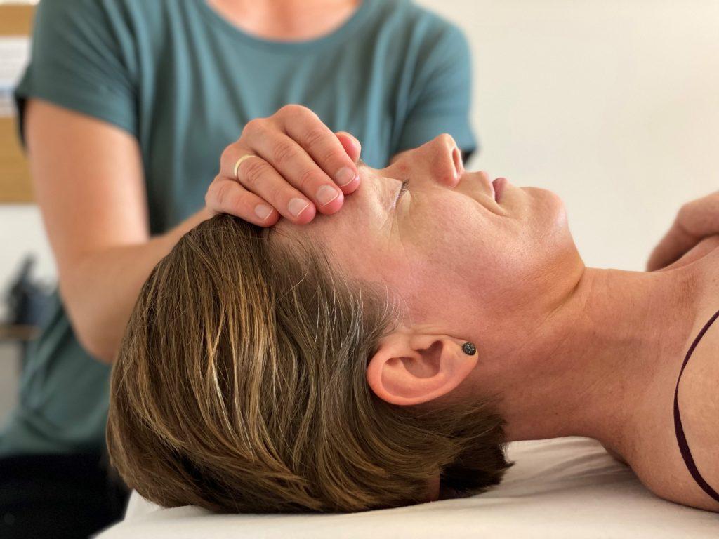 KST Kraniosakralterapi ved Din krop - din balance